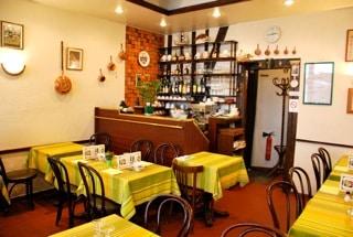 Salle crêperie restaurant Paris 7è Aux Ducs de Bourgogne